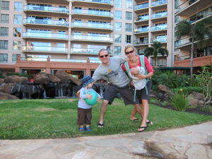 Brandon-Mullenberg-at-Honua-Kai-with-family